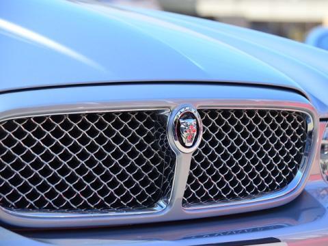 Jaguar%20XJ%20Exective%2028.jpg