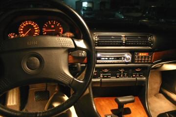 E32 BMW735i