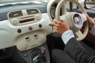 FIAT500 1.2 右 Dualogic