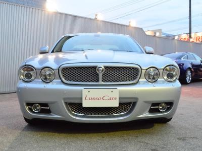 Jaguar%20XJ%20Exective%2037.jpg